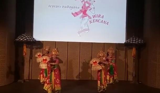 Pentas Tari Sekar Jagat di Galeri Indonesia Kaya